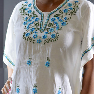 Vintage Embroidered Caftan Dress Size Small