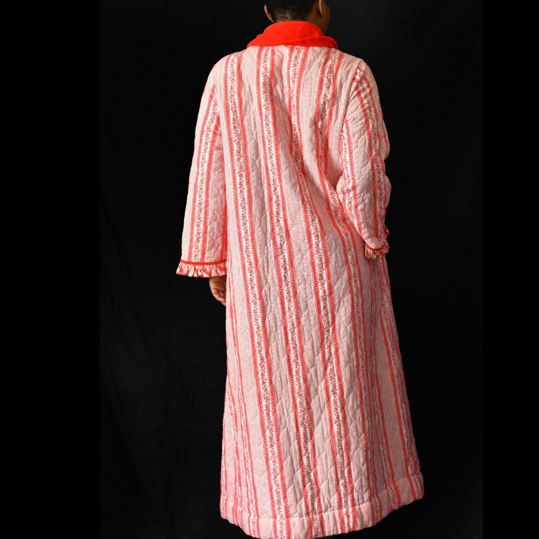 Vintage Penneys Quilted Robe Size Small