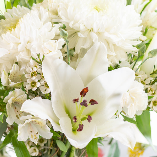 White flowers with lilies and alstromeria