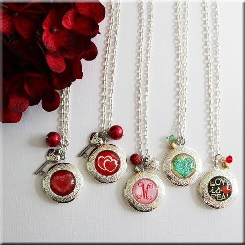 My Special Valentine Locket - Krafty Chix
