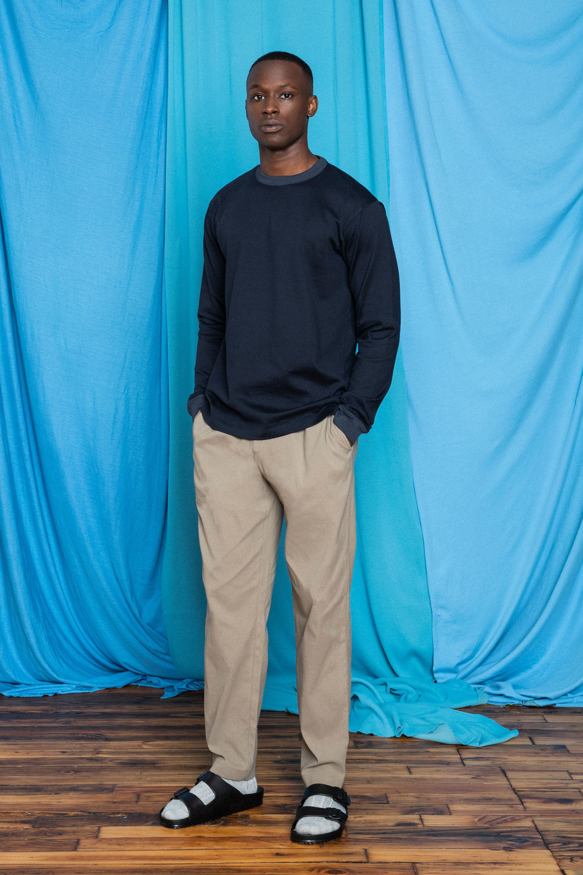 Torey in the Sandstorm F.Cloth Yes Pants and Dark Navy FU/Cotton Longsleeve, front view