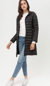 Let's Travel Midi Lightweight Puffer Jacket-Black