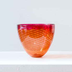 CJ113: Butterfly bowl, rhubarb/pink