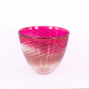 CJ94: Butterfly bowl - gold ruby/rhubarb