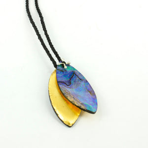 DH93: Paua leaves pendant