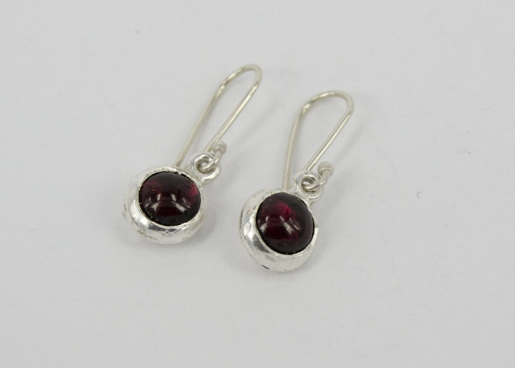 DM313B: Large garnet ingot earrings