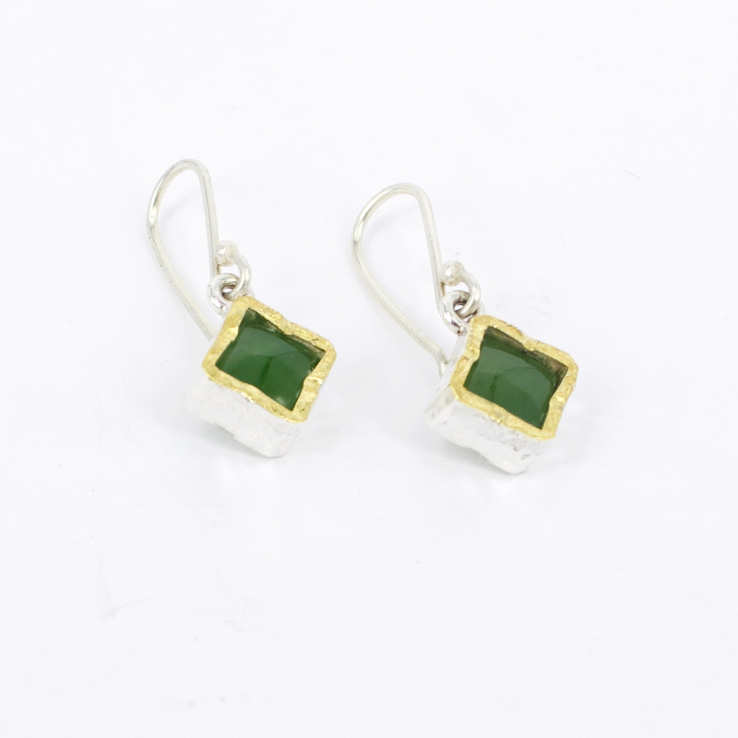 DM503B: Square pounamu gold edge earrings