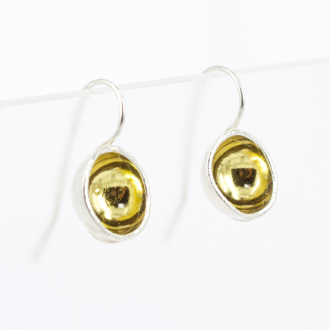 FS2: Gold bowl earrings
