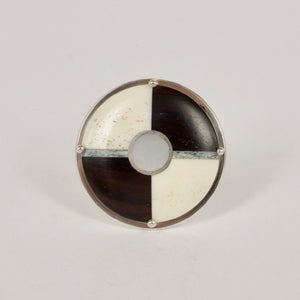 JA06: Day/night brooch