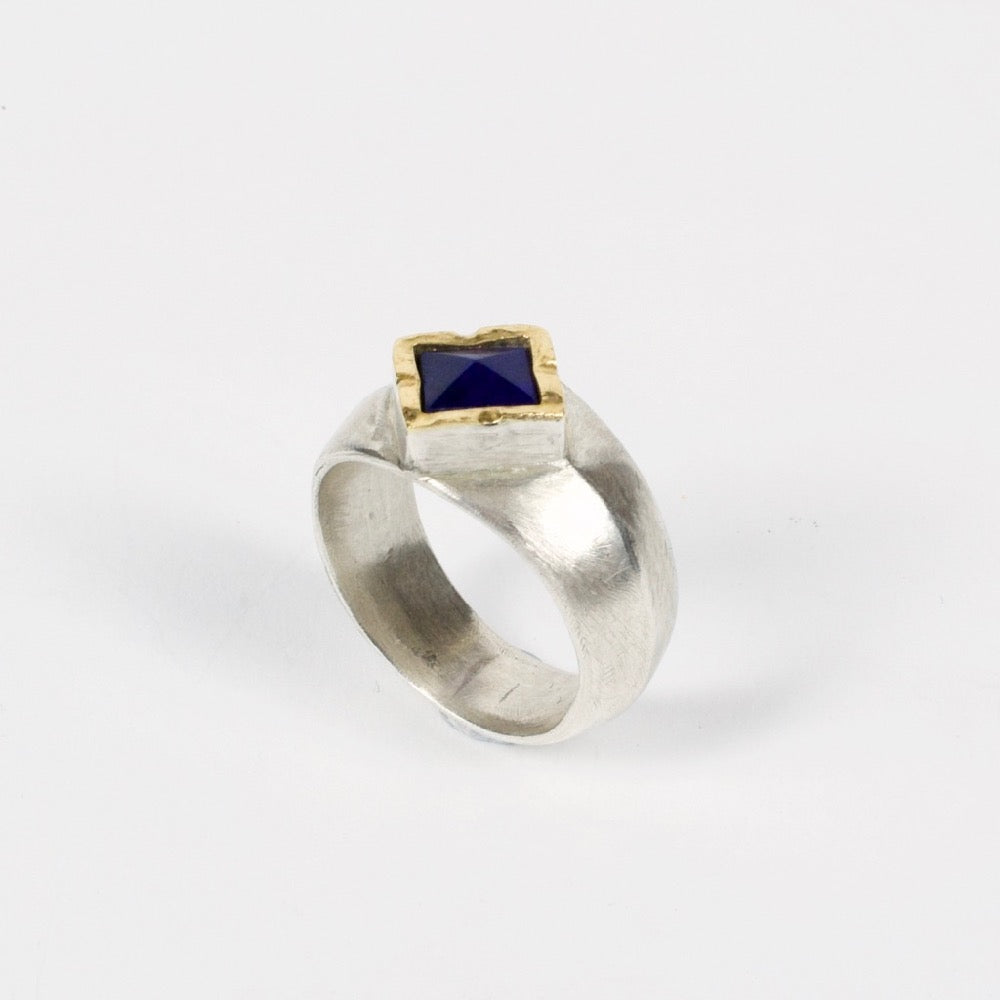DM481A: Lapis ring