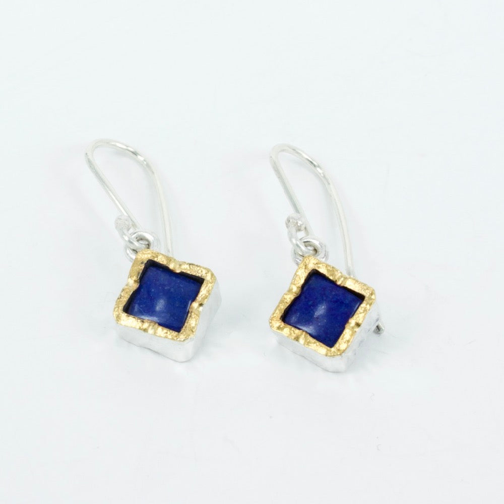 DM621B: Lapis gold edge earrings