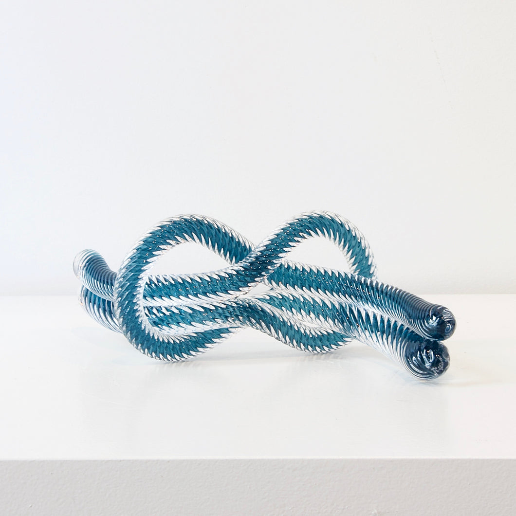 JCU279: Love knot - Steel blue