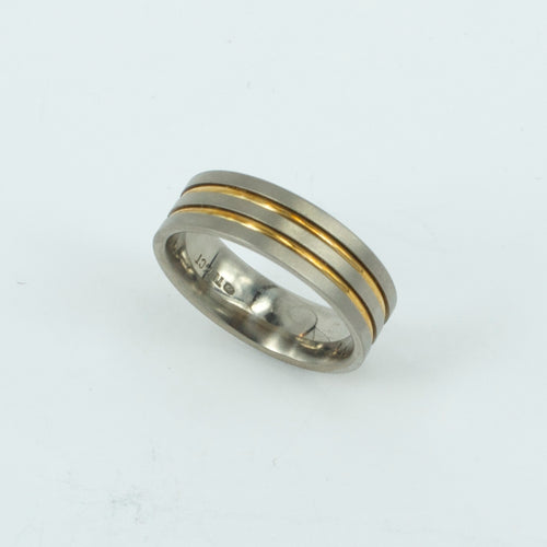 TD32: Double gold inlay titanium ring
