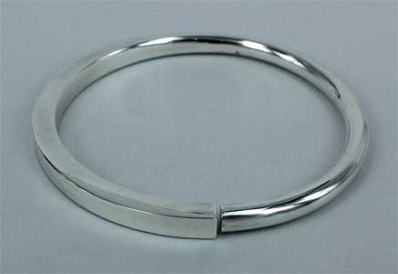 KBS: Square to round bangle
