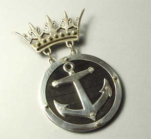 NG32: Royal Galleon brooch
