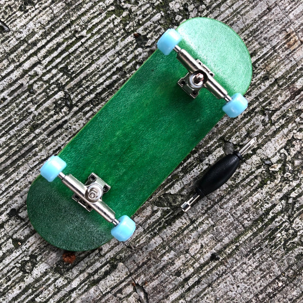 WHEEL LOVE - Green/Blue Complete Wooden Fingerboard