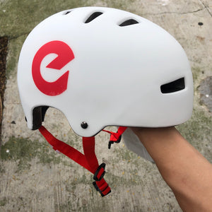 ENNUI - BCN White/Red Helmet