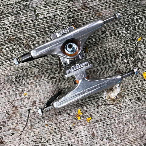 INDEPENDENT - Stage 11 (Raw Polished) Skateboard Trucks