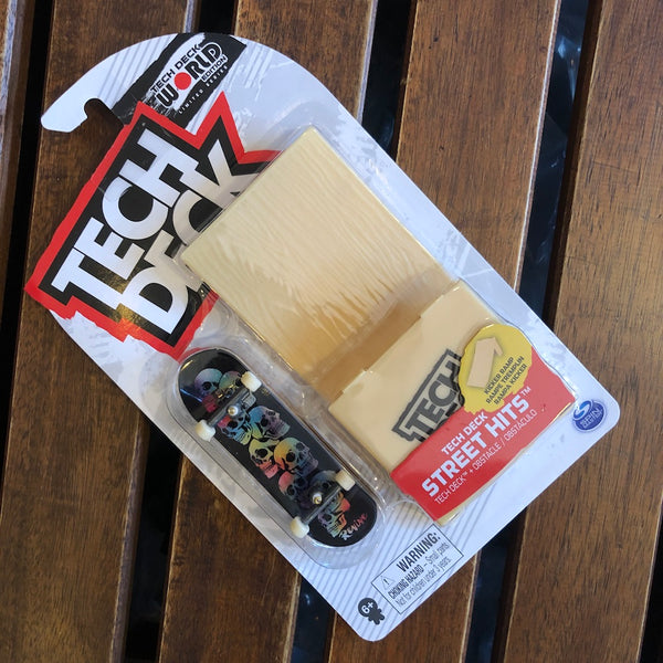 TECHDECK - Revive Street Hits Plastic Fingerboard & Obstacle Set