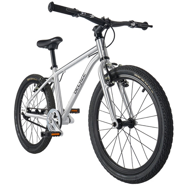 A11N SPORTS Sporting Goods > Outdoor Recreation > Cycling > Bicycles BELSIZE 20 inch Belt Drive Kid's Bike
