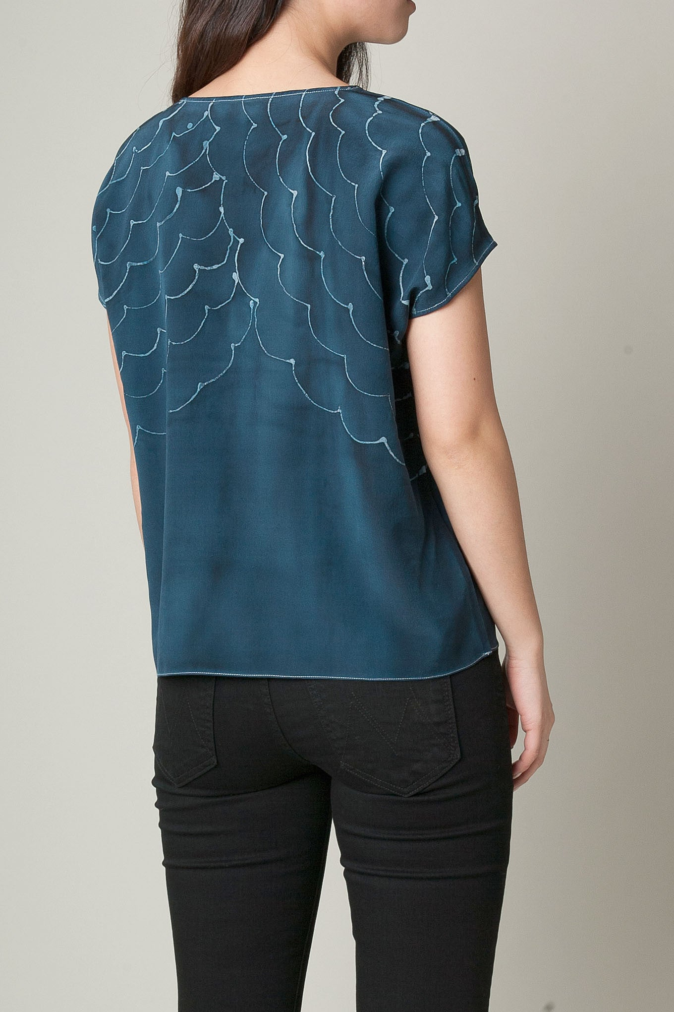Scallop  Hand Painted Silk Tee
