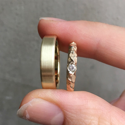 sarah_winther_vielsesringe_wedding_rings_fairtrade_diamant_ring_guldring.jpg