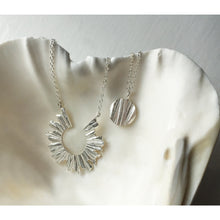 Load image into Gallery viewer, Moon Necklace - Silver