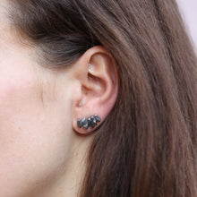 Load image into Gallery viewer, String Crystal Earrings - Dark
