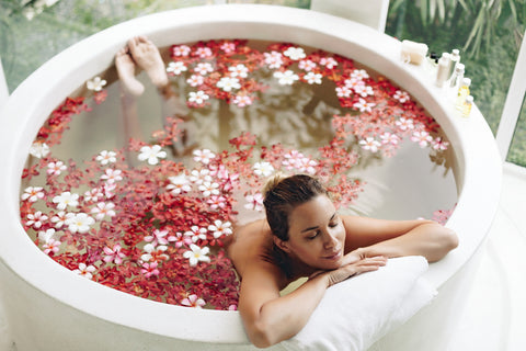 The Secrets Of An Aromatherapy Bath.