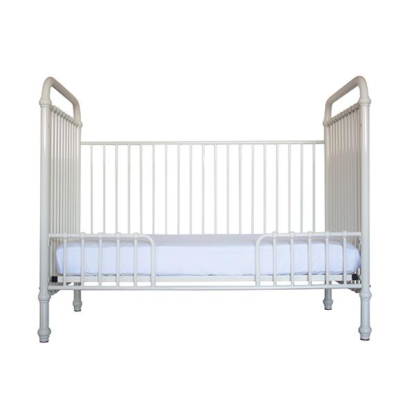 Incy Interiors Reese Crib in Solid White