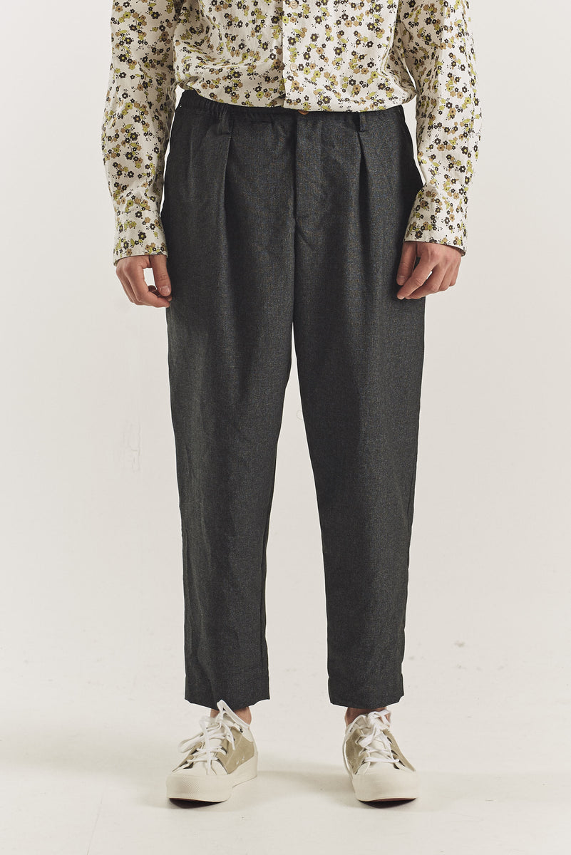 Classic costume trousers