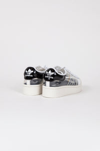 Superstar Bold W