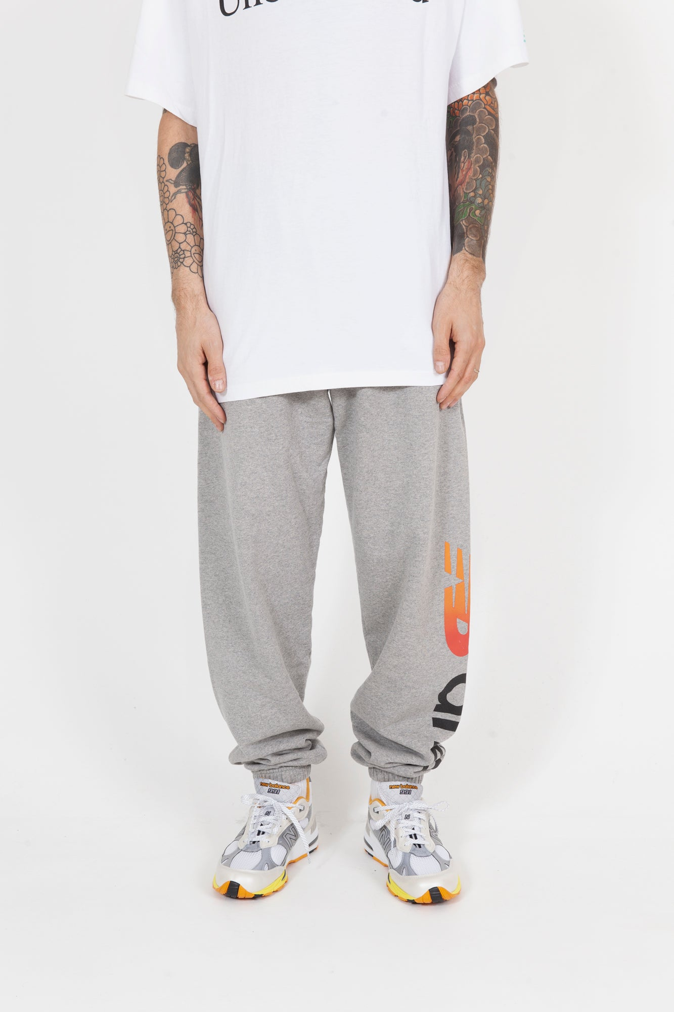 Aries Sweatpants