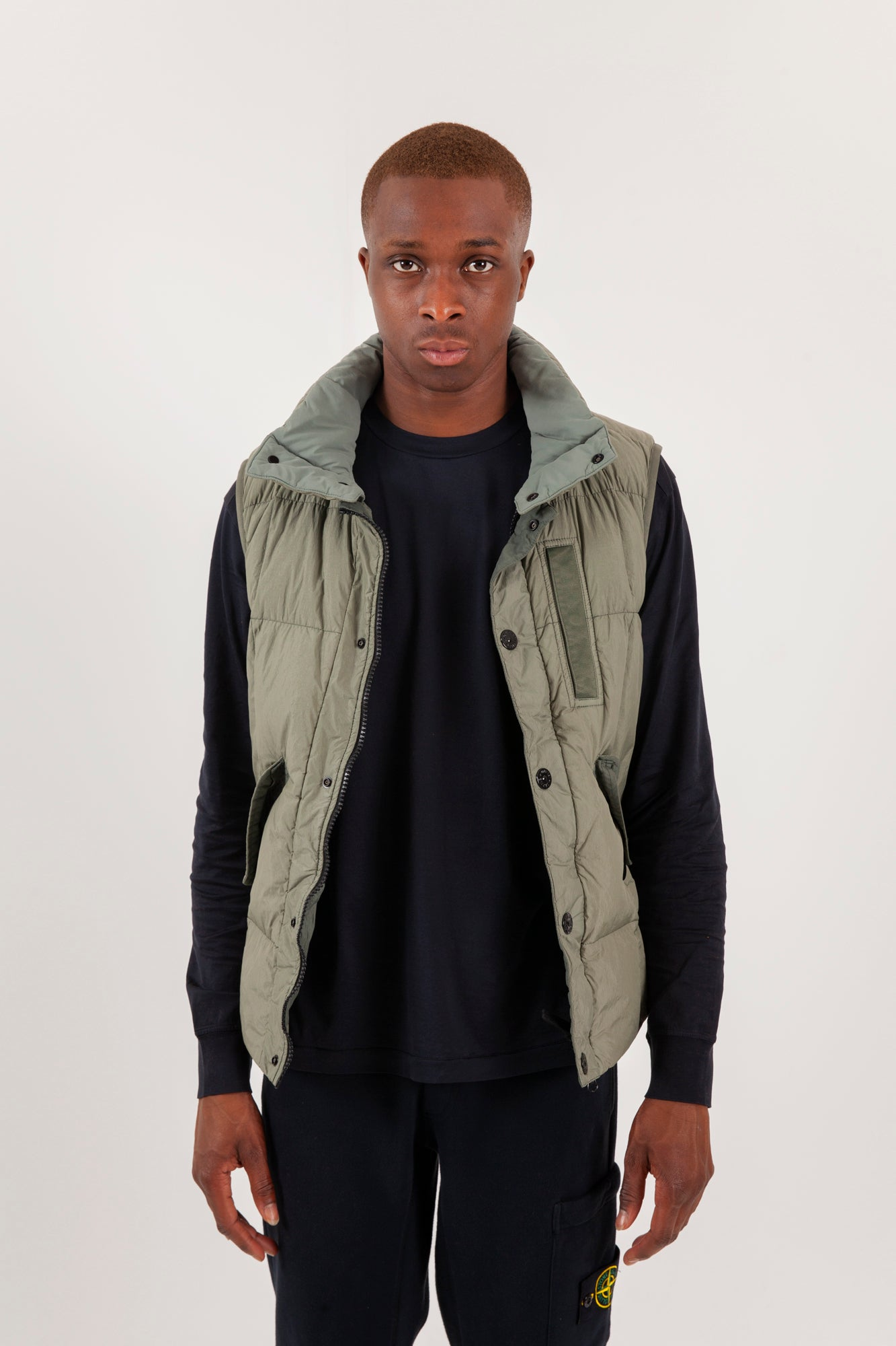 Sleeveless RealDown Jacket