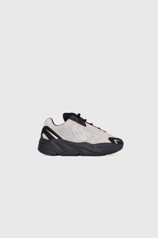 YEEZY 700 MNVN BONE KIDS