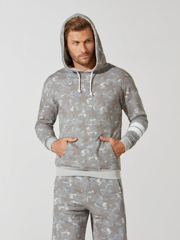 BARRY'S STAR CAMO PULLOVER HOODIE