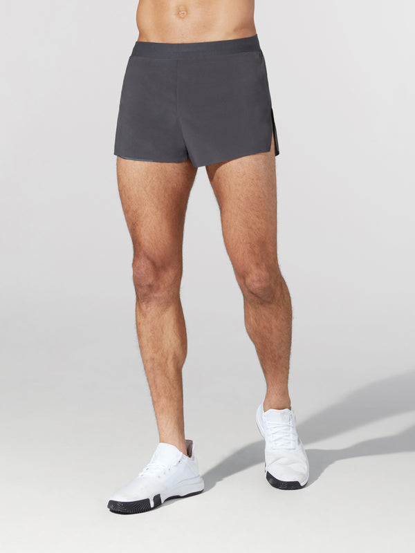 LULULEMON // BARRY'S GRAPHITE GREY FAST AND FREE 3IN SHORT