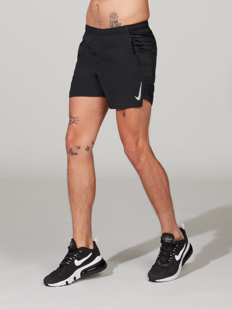 NIKE CHALLENGER SHORT 5IN BLACK