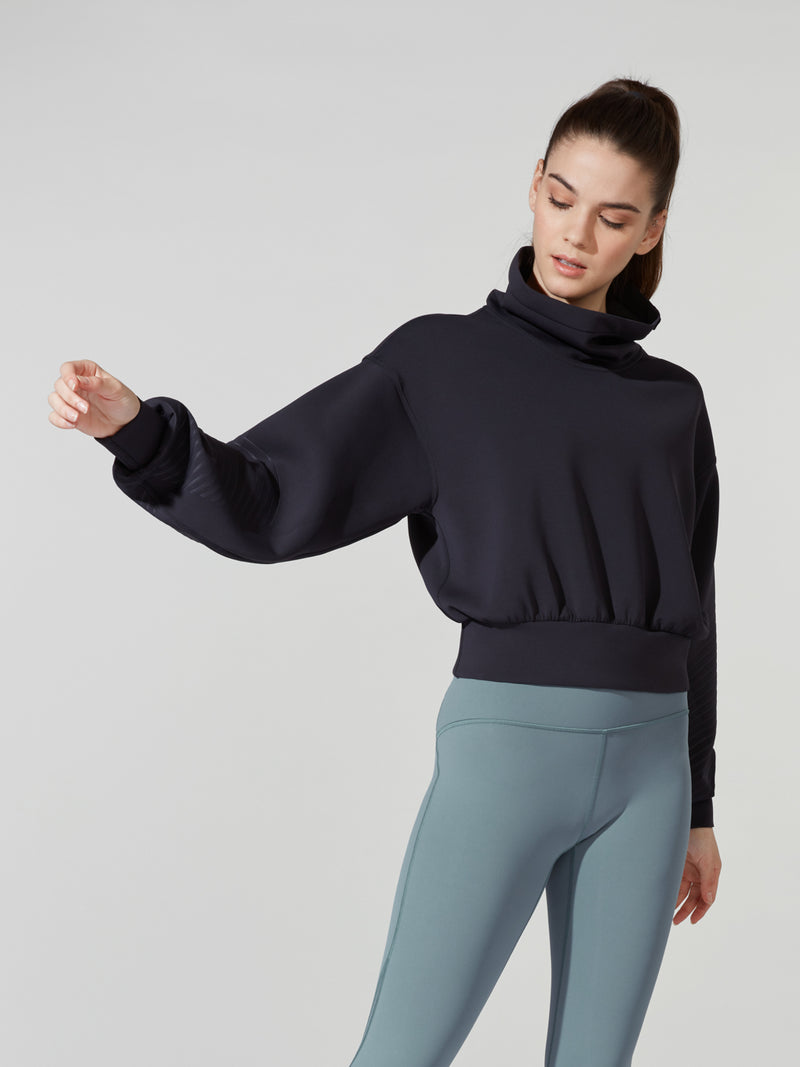 LULULEMON // BARRY'S BLACK FULL FLOURISH PULLOVER