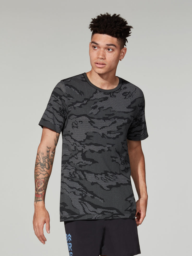 LULULEMON // BARRY'S LOCATION SPECIFIC CITY CAMO MVB SHORT SLEEVE TEE