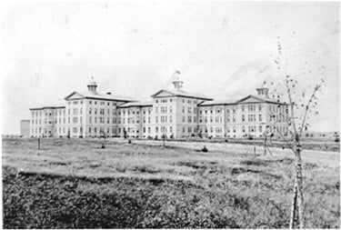 1945 - Escapes Elgin State Insane Asylum after being institutionalized for vehemently espousing his views—later blames shock treatments for declining eyesight and blindness in the '60s.