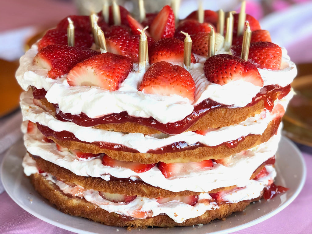 A Cake For The  Strawberry Lover
