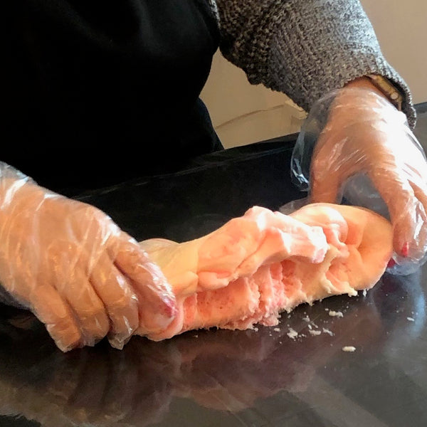 Kneading rolled buttercream