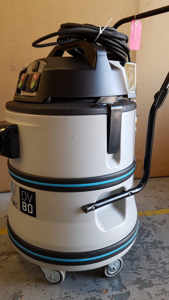 Ex-Display DV-80 110v M-filtered vacuum cleaner with accessories