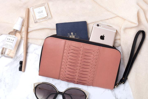 OVAE Wanderlust Travel Wallet Rose