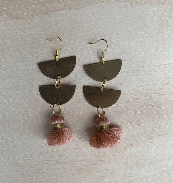 EMELDO// Billie earrings Brass Gold with Musk Pink