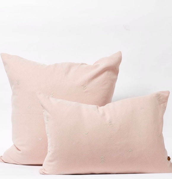 SAARDE // Vintage Wash Cushion Pink 60cmx60cm