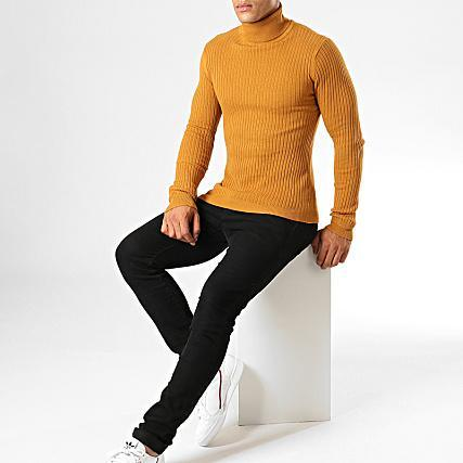 Ribbed Roll Neck Lightweight Knit Camel