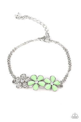 Paparazzi Bracelet ~ Flowering Fiji - Green