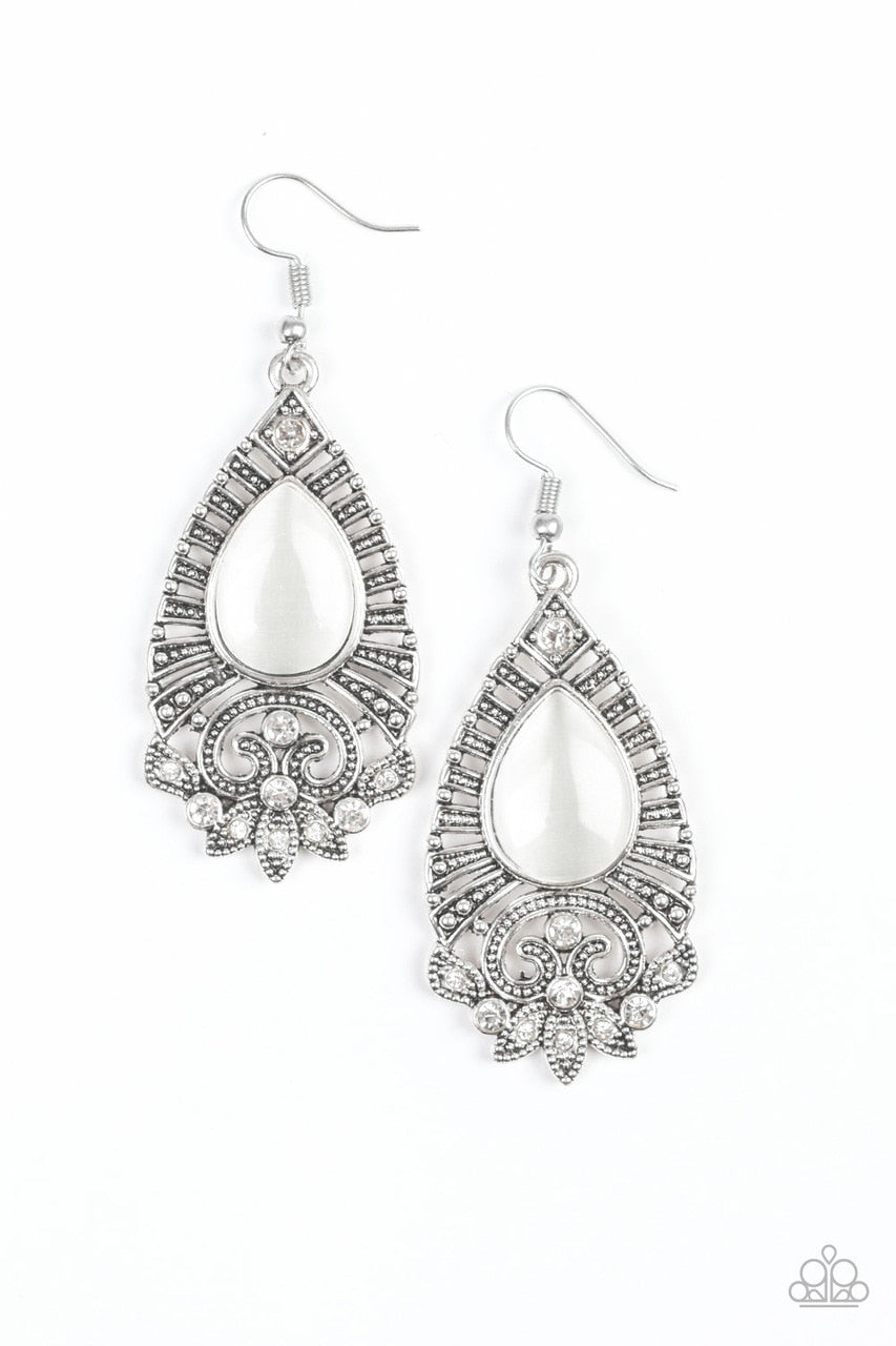 Paparazzi Earring ~ Majestically Malibu - White